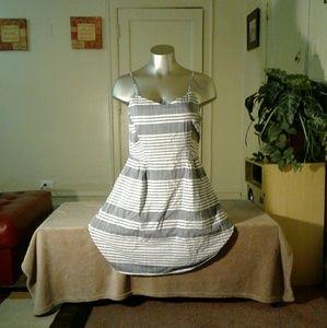 Old Navy Gray White Midi Dress